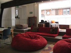 Comfort in a Learning Commons by Vicki Davis, coolcatteacher, via Flickr