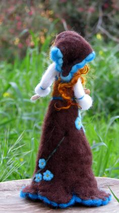 Needle felted Waldorf inspired doll, feeding chicken. Art doll, spring decoration. The doll is about 10 tall and coming together with the rooster and one chicken. Spring, easter decoration  Its possible to create any size or any colors, pls. contact me  Design Zuzana Hochman