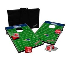 Football fans everywhere are catching on to the Tailgate Toss Cornhole Set.  Product: Tailgate Toss NFL NE Patriots