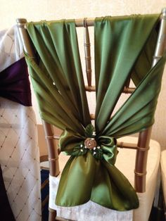 Awesome chair sash seen at the 2014 CT Bridal expo in April, unique design and gorgeous color. Wedding Chair Decorations, Wedding Chairs, Wedding Table, Diy Wedding, Christmas Decorations, Wedding Ideas, Chair Bows, Chair Sashes, Diy Chair