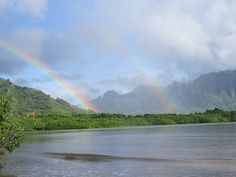 During today's commute to work, I pulled over roadside to capture this rainbow-perfect moment. #Hawaii #OahuVB #Oahu #rainbows