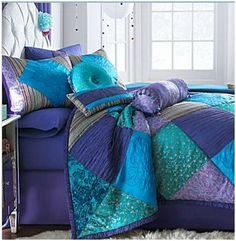Love, love, love these peacock colors! MY BED Peacock Bedding, Peacock Bedroom, Peacock Decor, Peacock Colors, Purple Bedding, Dream Bedroom, Home Bedroom, Bedroom Decor, Bedrooms