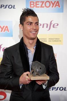 254 parasta kuvaa: celebrities: Cristiano Ronaldo | Football players,Football soccer ja Soccer ...