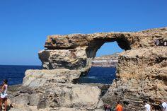 「The Azure Window」。マルタ諸島のうち2番めに大きいゴゾ島で見れる自然建造物です。空と海もとても綺麗!