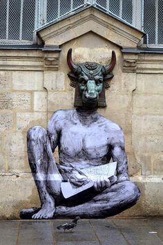 Levalet - Minotaure, street art - Paris