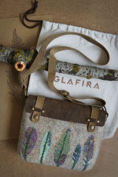 Felted Wool Small Bag // Model BAG / 019