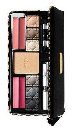 Dior makeup set  ❥Pinterest: yarenak67