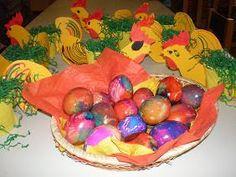 παιχνιδοκαμώματα στου νηπ/γειου τα δρώμενα: βάφω αβγά πασχαλινά .......