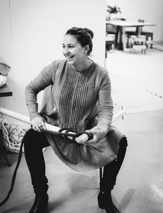 Kiwi company Plump & Co are rekindling the passion of slow craft across the country through their impossibly chunky bespoke and make-your-own wool knits Extreme Knitting, Inside Home, Profile Photo, Mens Tops, Knits, Pictures, Homes, Design, Create