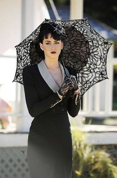 Black Lace gloves and Umbrella