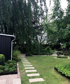 pergola rabatt trdgrdsinpiration hos Kajsa p Enkla ting Outdoor Rooms, Outdoor Gardens, Outdoor Living, Indoor Outdoor, Feng Shui Garden, Green Garden, Garden Paths, Garden Inspiration, Garden Design