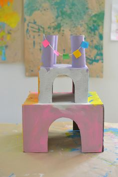 Use shoe boxes to build a princess castle