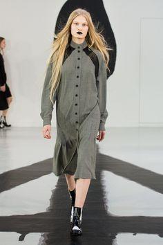 #Aalto   #fashion   #Koshchenets      Aalto Fall 2016 Ready-to-Wear Collection Photos - Vogue