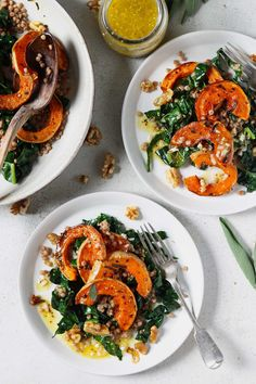 Roasted Butternut Squash with Sage & Walnuts Vegetable Recipes, Vegetarian Recipes, Cooking Recipes, Healthy Recipes, Sage Recipes, Dinner Recipes, Roasted Butternut Squash, Vegan Dinners, Healthy Dinners