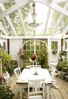 Beautiful way to do a greenhouse & enjoy the sun during the winter!!