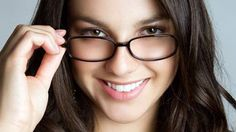 5 Langkah Mudah Tetap Tampil Cantik Dengan Kacamata Minus