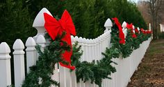 Red bow Picket fence christmas lights/lanterns