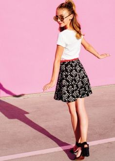 Genevieve Hannelius: Make Me Nails Photoshoot -02 - Posted on March 8, 2015