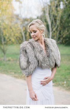 Winter Opulence: Warm, Romantic & Timeless | Real weddings | Wedding Inspiration | Photography by Jenni Elizabeth