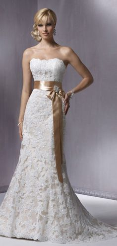 Lace-up Brush Train Brooch Sleeveless Trumpet Strapless Lace Bowknot Natural Waist Wedding Dress