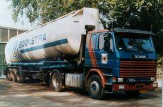 Scania R 112 M 4x2 met bulktank oplegger van Boonstra te Gieten