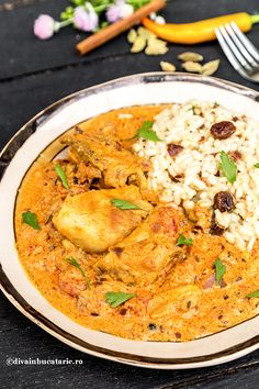 PUI TIKKA MASALA   Diva in bucatarie Healthy Food, Healthy Recipes, Middle Eastern Recipes, Carne, Crockpot Recipes, Lunch, Indian, Chicken, Meat
