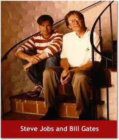 Steve Jobs and Bill Gates. Bill Gates got his start in Albuquerque, NM! Bill Gates Steve Jobs, Alter Computer, Photos Rares, Historical Pictures, Jimi Hendrix, Rare Photos, Epic Photos, Iconic Photos, Famous Faces