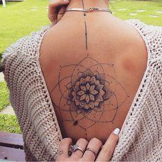 New Tattoo Mandala Nacken 26 Ideas Mandala Tattoo – Top Fashion Tattoos Spine Tattoos, Back Tattoos, Love Tattoos, Beautiful Tattoos, New Tattoos, Body Art Tattoos, Small Tattoos, Tattoo On Back, Tatoos
