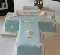 Communion Cross Cake Communion Cakes For Boys Boy Communion Cake, First Holy Communion Cake, Comunion Cakes, Cross Cakes, Confirmation Cakes, Baptism Cakes, Religious Cakes, Decoration Evenementielle, Cakes For Boys