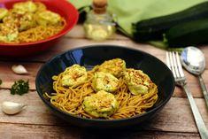 Boulettes de poulet et courgette Poulet Weight Watchers, Healthy Recipes, Chicken, Sauce, Cooking, Ethnic Recipes, Lights, Zucchini Vegetable, Dumplings