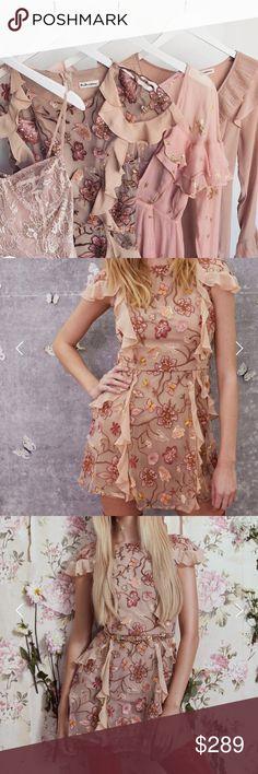 ONE DAY SALE 🌸For Love & Lemons Botanical Dress Gorgeous botanical short sleeve dress. Retails at $330. Make an offer! For Love And Lemons Dresses Mini