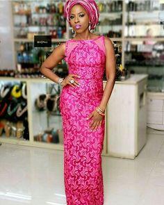 Mrs Olusola in @moofadesigns #AsoEbiBella 💕💕💕