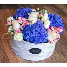 Aristocratique (Large) available on www. Flower Delivery, Boxes, Table Decorations, Cake, Flowers, Desserts, Beautiful, Food, Home Decor