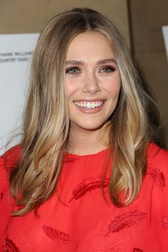 Elizabeth Olsen Photos - Premiere of Sony Pictures Classics' 'I Saw the Light' - Arrivals - Zimbio