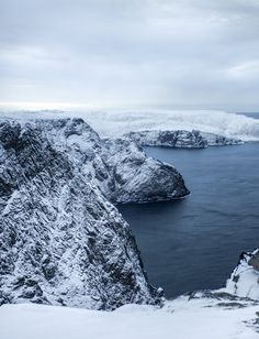 Arctic Boat Trip — Une croisière magique le long des fjords de Norvège Lofoten, Land Of Midnight Sun, Road Trip, The Desire Map, Destinations, Voyage Europe, Winter Is Here, Blog Voyage, Amazing Nature