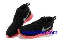 Kopen goedkope dames Nike Roshe Run Schoenen (kleur:flirt,binnen-zwart;logo-zilver;zool-red) online in nederland.