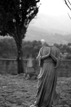 viαomniaobscura: Headless Angel at Guadalest Cemetery, Spain© AV Camus