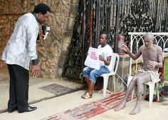Welcome to De Emperor's Blog: See Video:- T.B Joshua heals 'Snake man'
