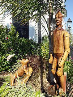 Tree Stump Face Carvings | dscf3792.jpg
