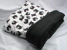 "Small 20"" x 24"" monochrome cat face cat bed, plush, reversible, 3 layers, black…"