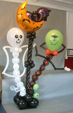 Halloween Balloon Pillar