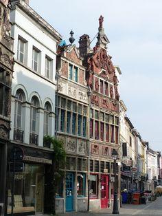 Visiter Bruges et Gand c'est vivre 2 villes, 2 ambiances parfait pour un grand week-end en Belgique ! Retrouvez notre TOP10 à Bruges et Gand !