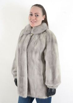 US3111 AMAZING SAGA MINK FUR JACKET SAPPHIRE MINK SIZE XL - NERZJACKE PELLICCIA #SagaMink #Jacket #Casual Saga, Amazing Grays, Mink Jacket, Fur Coats, Mink Fur, Jackets For Women, Female, Ebay, Fashion