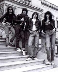 Disco a disco: Ramones #Anos80, #Bill, #Billboard, #Brasil, #Cantor, #Carreira…