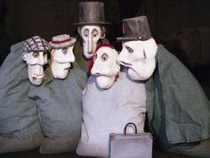 Festival Mondial des Théâtres de Marionnettes: Garin Trousseboeuf - France-Voyage.com