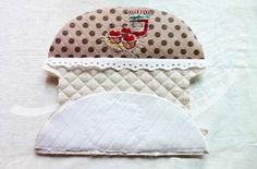 Round top zippered makeup bag ~ DIY Tutorial Ideas!