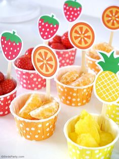 DIY Fruit and Juice Drinks Station - learn to style a fun, interactive, easy and. - DIY Fruit and Juice Drinks Station – learn to style a fun, interactive, easy and super tasty drin - 2nd Birthday Party For Girl, Fruit Birthday, Watermelon Birthday, Birthday Themes For Kids, Kids Birthday Decorations, Colorful Birthday, Birthday Ideas, Tutti Fruity Party, Fete Emma