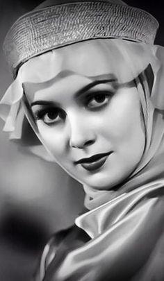 Olivia de Havilland in Robin Hood