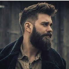 Beard itch hurts at any stage. Find remedies, products, and solutions for pain under your beard and itchiness, along with the best anti itch beard oil and more. Beard Styles For Men, Hair And Beard Styles, Curly Hair Styles, Beards And Hair, Beard Model, Sexy Beard, Awesome Beards, Beard Balm, Beard Soap