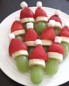 Brochette fraises raisins noël facile